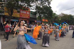 Sôi động 'Lễ hội đường phố' tại thành phố Huế