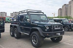 Cận cảnh 'hàng nhái' Mercedes G63 6x6 của Trung Quốc