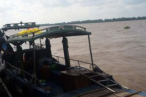 Dấu vết 'lạ lùng' trên chiếc thuyền của nữ lái đò mất tích