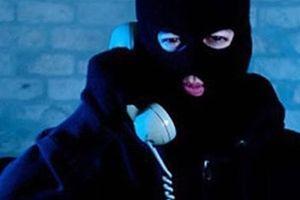 Mạo danh Cảnh sát hù dọa tống tiền doanh nghiệp chiếm đoạt tiền tỉ