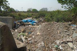 Nam Từ Liêm – Hà Nội: Vì sao rác, phế thải tồn đọng 'ngập lối rẽ' Đại lộ Thăng Long