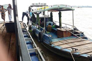 Tìm thấy thi thể nữ lái đò mất tích trên sông Tiền