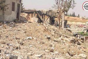 Căn cứ quân sự Syria tan hoang sau khi bị không kích