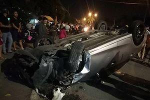 Ô tô gây tai nạn liên hoàn, 6 người bị thương nhập viện