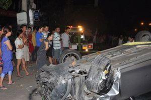 1 trẻ em tử vong trong vụ đâm xe liên hoàn 6 người bị nạn