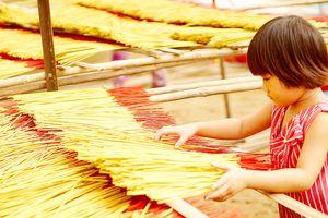 Nỗi niềm làng nhang Lê Minh Xuân