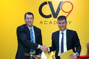 Công Vinh tiết lộ lý do mở học viện bóng đá cộng đồng CV9