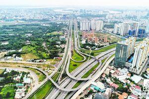 Địa ốc vùng ven Sài Gòn: 'Nóng' từ đất nền lan sang căn hộ