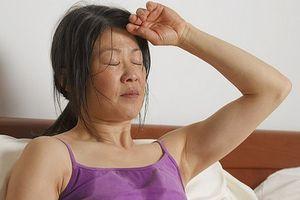 Nghiên cứu mới: Dầu cá trì hoãn mãn kinh sớm tới 3 năm