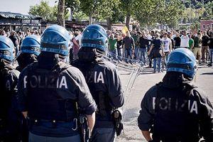 1.200 cảnh sát Rome túc trực cho trận tiếp đón Liverpool