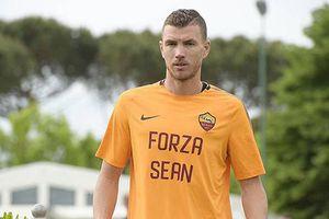 Cầu thủ AS Roma động viên CĐV Liverpool trước trận lượt về