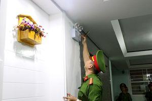 Kiểm tra đột xuất chung cư 15 tầng ở Nha Trang, phát hiện nhiều sai phạm về phòng cháy