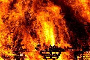 'Quả cầu lửa' tại lễ hội ở Anh khiến 30 người bỏng nặng