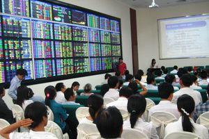 Nhiều nhà đầu tư bị phạt tiền do báo cáo giao dịch cổ phiếu không đúng thời hạn