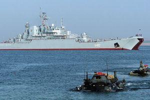 Chiến hạm NATO tiến vào Biển Đen, Su-27 Nga đánh chặn máy bay Mỹ