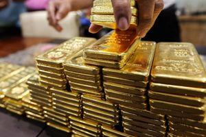 Giá vàng ngày 3/5: Tiếp tục đà giảm sâu
