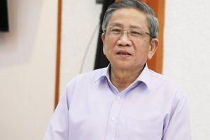 GS Nguyễn Minh Thuyết: 'Chúng tôi không tự vẽ chương trình để khen mình!'