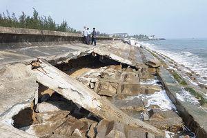 Xâm thực bờ biển cửa Đại: Kè cứng đã… mềm