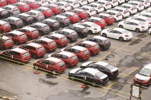 Tháng 5, giá ô tô tiếp tục nhúc nhích tăng