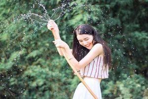 Cô bạn Trung Quốc nổi tiếng vì quá giống Trương Bá Chi