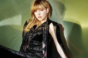Nữ ca sĩ Hàn tiết lộ từng bị ép mặc đồ gợi cảm đi tiếp rượu