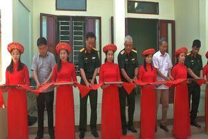 Tổng Cục II (Bộ Quốc phòng) bàn giao nhà tình nghĩa cho gia đình chính sách