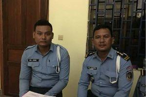 Nhận tiền từ biker Việt Nam, hai CSGT Campuchia bị đình chỉ