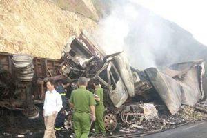 Cưa đầu xe đầu kéo bị tai nạn tìm thấy thêm thi thể nạn nhân