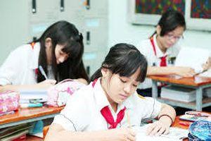 Gọi nữ sinh bằng từ ngữ kém văn hóa, một thầy giáo phải xin lỗi