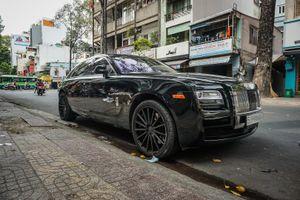 Cận cảnh Rolls-Royce Ghost được chủ nhân độ mâm Vossen độc đáo