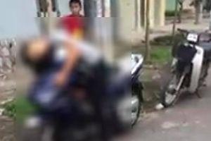 Bí ẩn nam thanh niên chết gục trên xe máy mới tinh