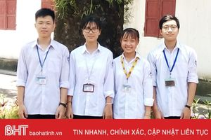 3 học sinh cùng trường 'ẵm' 8 giải học sinh giỏi tỉnh