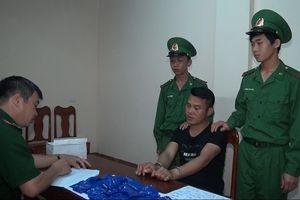 Quảng Trị: Bắt giữ nghi phạm vận chuyển 7.400 viên ma túy tổng hợp