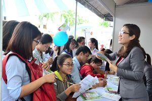 Sinh viên tìm được việc làm trước ngày ra trường