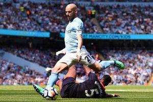 Để Huddersfield cầm hòa, Man City chưa thể phá vỡ kỷ lục điểm số
