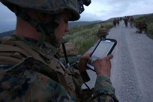 Lý do quân nhân Mỹ bị cấm dùng điện thoại Trung Quốc