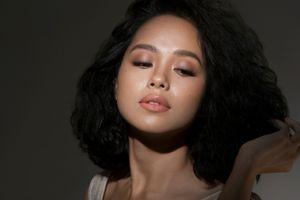 Hoàng Quyên: 'Nực cười khi hoa hậu, ca sĩ giải trí nhận là nghệ sĩ'