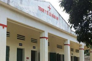 Ninh Bình: Bé gái 3 tuổi tử vong sau mũi tiêm của Trưởng trạm Y tế xã