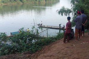 Quảng Bình: Cãi nhau với mẹ một học sinh lớp 8 nhảy cầu tự tử