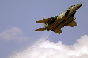 Israel tiến hành không kích trả đũa Palestine
