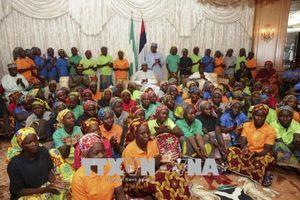 Nigeria giải cứu 1.000 con tin bị Boko Haram bắt giữ