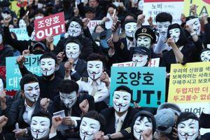 Sau loạt bê bối của gia đình, chủ tịch Korean Air bị yêu cầu từ chức
