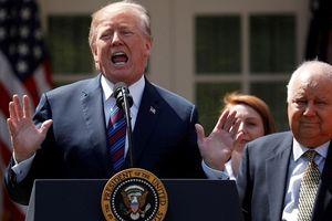 Ngoại trưởng Anh cảnh báo ông Trump 'ném chuột vỡ bình'