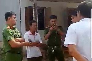 Cảnh cáo trưởng công an xã dẫn côn đồ đi đánh dân