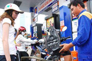 Sau đề nghị bỏ xăng A95, xăng dầu lại đồng loạt tăng giá