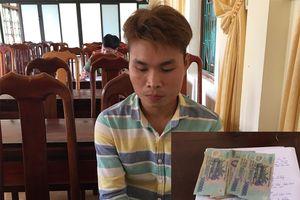 Bắt kẻ trộm tiền ở khu để xe của Vietcombank chi nhánh Kiến Giang
