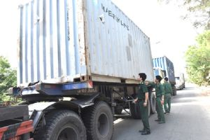 Bà Rịa – Vũng Tàu: Tạm giữ 64 tấn hóa chất Formalin nhập lậu