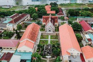Dòng Mến Thánh giá, Nhà thờ Thủ Thiêm: Những công trình tôn giáo 180 tuổi nhìn từ trên cao
