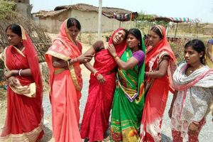 Tàn bạo: Thêm một cô gái Ấn Độ bị cưỡng hiếp và thiêu sống