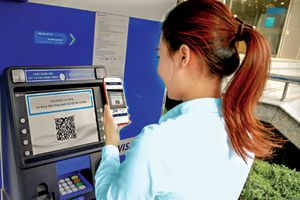 Cơ sở nào ngân hàng tự ý tăng phí dịch vụ?